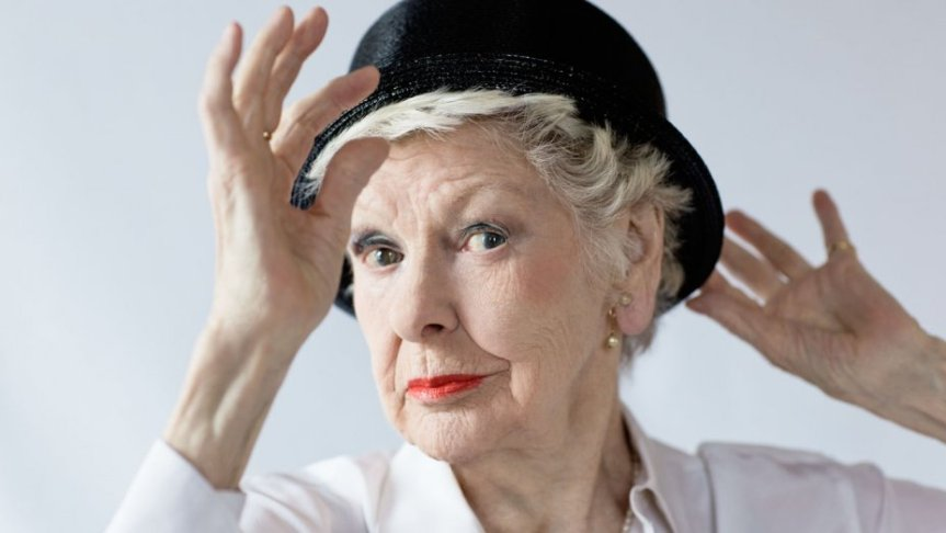 Legacy: Elaine Stritch Everybody Rise!